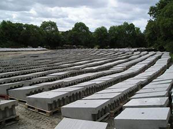 dam spillway concrete blocks