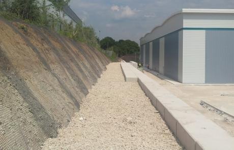 Legato Blocks - Retaining Wall 39