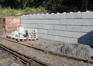 Retaining Walls - Precast Blocks