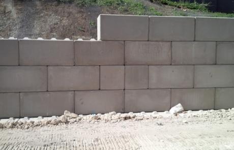 Legato retaining wall - Winvic 155 - Precast Concrete