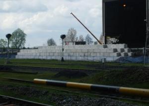Push Walls - interlocking concrete blocks