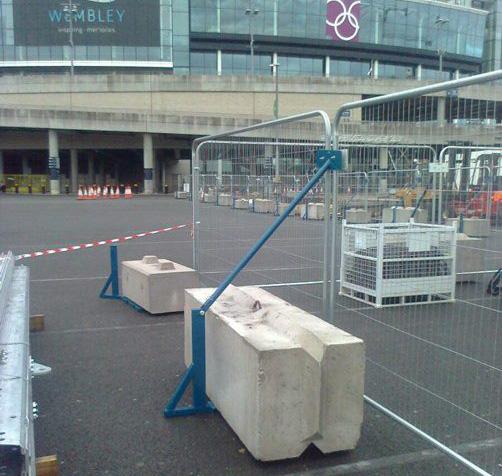 wembley - Ballast blocks for fencing