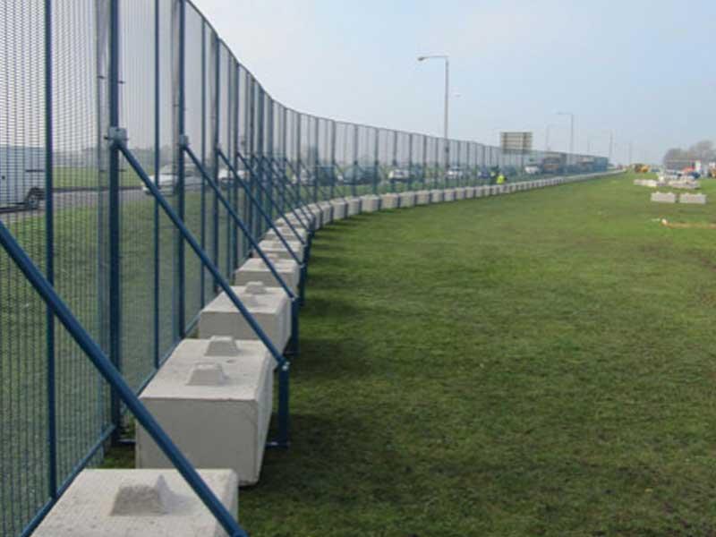 No Dig Fencing And Hoarding Blocks Elite Precast Concrete